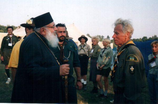 90-ліття Пласту, Свірж, 2002, Любомир Гузар та пл.сен. Степан Павлишин, ЦМ