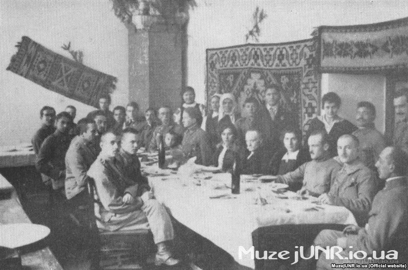 Зустріч Івана Франка із січовими стрільцями у Львові. Фото 1916 року