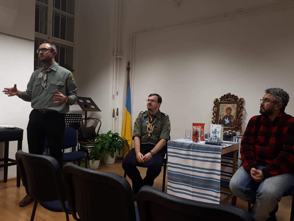 Вечірня дискусія в парафіяльному домі в цервкві Св. Варвари