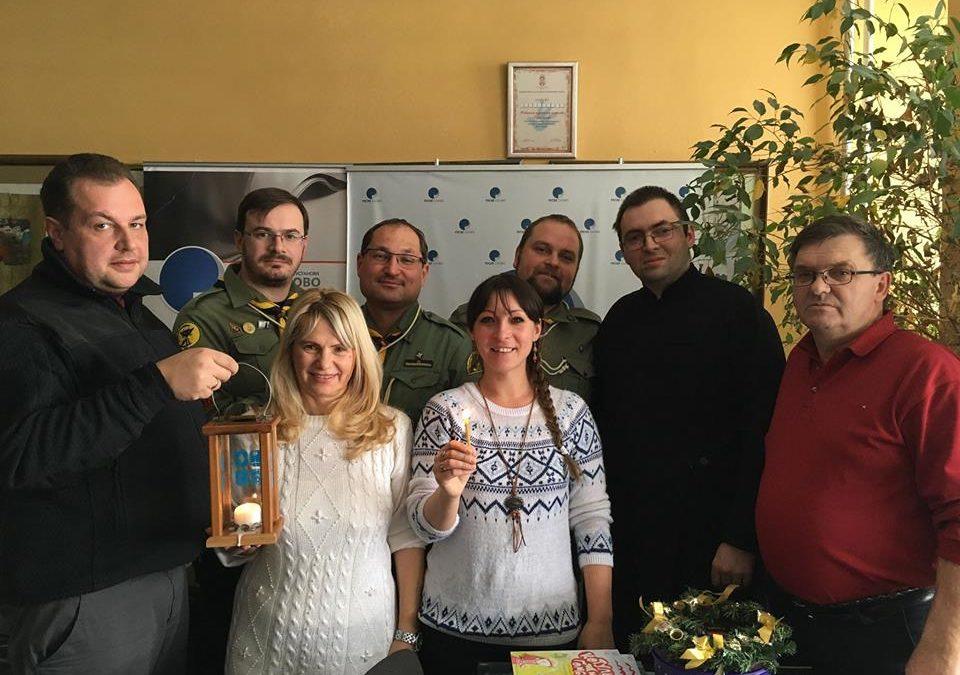 Мурлики передали Вифлеємський Вогонь українцям Сербії та Румунії